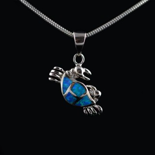 Pendant crab with Opal